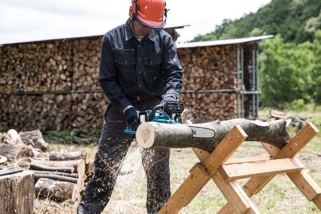 chainsaw-2396616__480